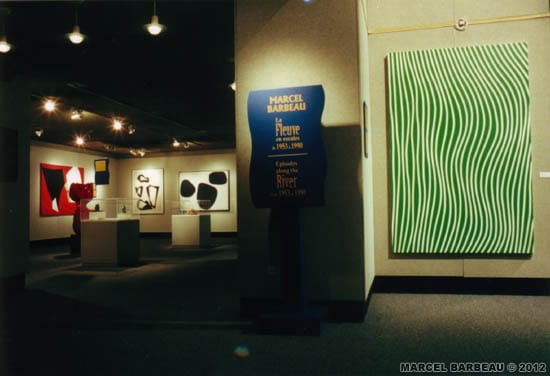 "Exposition ""Marcel Barbeau - Le Fleuve en escales"", au Centre Franco-Manitobain, Winnipeg, Manitoba, juin-juillet 2000. Une production du Musée du Bas-Saint Laurent. Photo Richard Faber, avec l'aimable permission du MBSL. © MBSL et ADAGP-PARIS pour Marcel Barbeau."